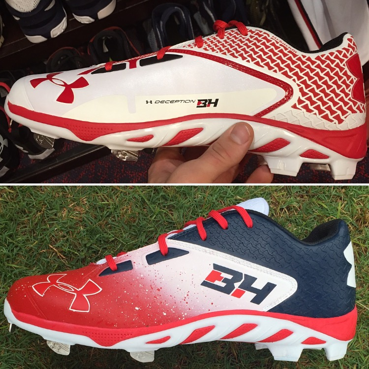 a39ef73ad5bd The other interesting point about that pair of cleats is that Under Armour  made them with molded plastic spikes in the back and metal spikes in the  front ...