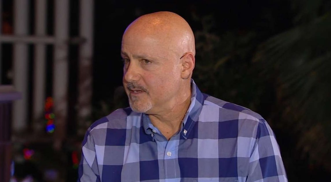 Mike Rizzo blue shirt mlbf_533563283_th_45